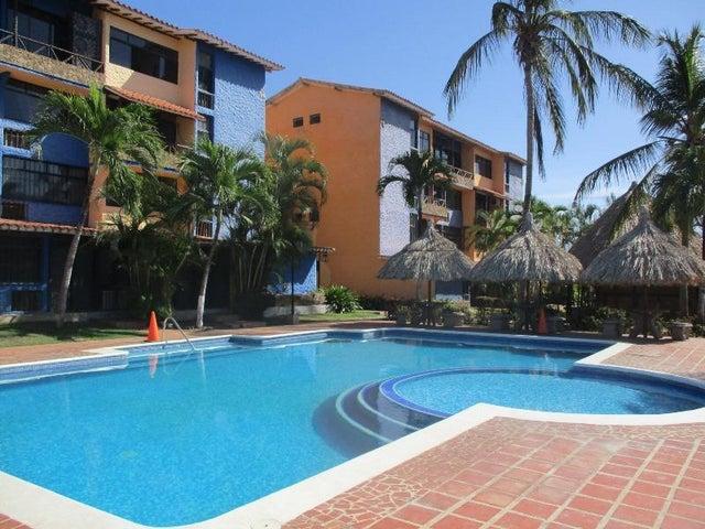 Apartamento Nueva Esparta>Margarita>Playa el Angel - Venta:20.000 Precio Referencial - codigo: 18-14806