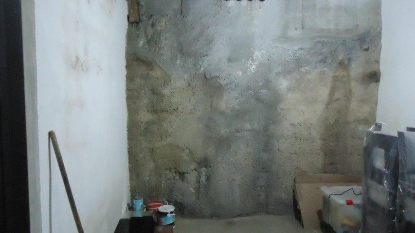 Apartamento Distrito Metropolitano>Caracas>El Rosal - Venta:52.500 Precio Referencial - codigo: 18-14880