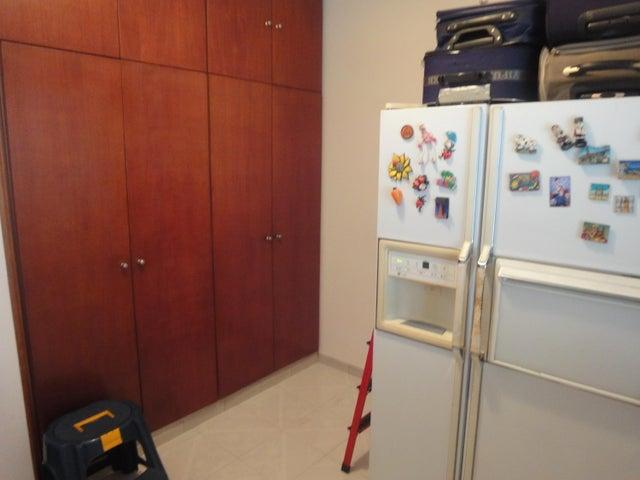 Apartamento Distrito Metropolitano>Caracas>Bello Monte - Venta:60.000 Precio Referencial - codigo: 18-14849