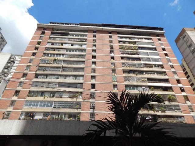 Apartamento Distrito Metropolitano>Caracas>Parroquia La Candelaria - Venta:11.851.000 Precio Referencial - codigo: 18-15239