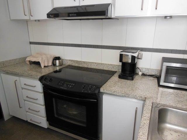 Apartamento Distrito Metropolitano>Caracas>Las Mercedes - Venta:83.000 Precio Referencial - codigo: 18-14898