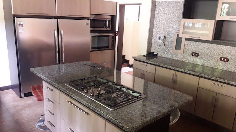 Casa Distrito Metropolitano>Caracas>Oripoto - Venta:350.000 Precio Referencial - codigo: 18-14916