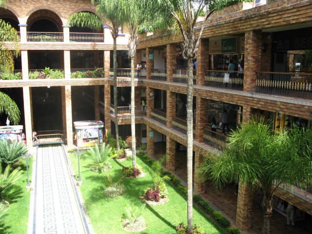 Local Comercial Miranda>San Antonio de los Altos>El Carrizal - Venta:500.000 Precio Referencial - codigo: 18-14967