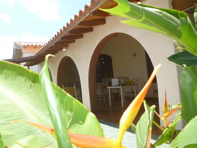 Casa Falcon>Punto Fijo>Judibana - Venta:90.000 US Dollar - codigo: 18-14976