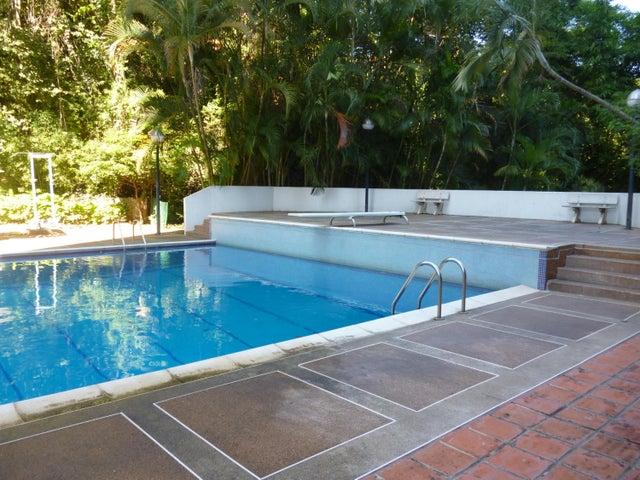 Apartamento Distrito Metropolitano>Caracas>Colinas de La California - Venta:90.000 Precio Referencial - codigo: 18-15094