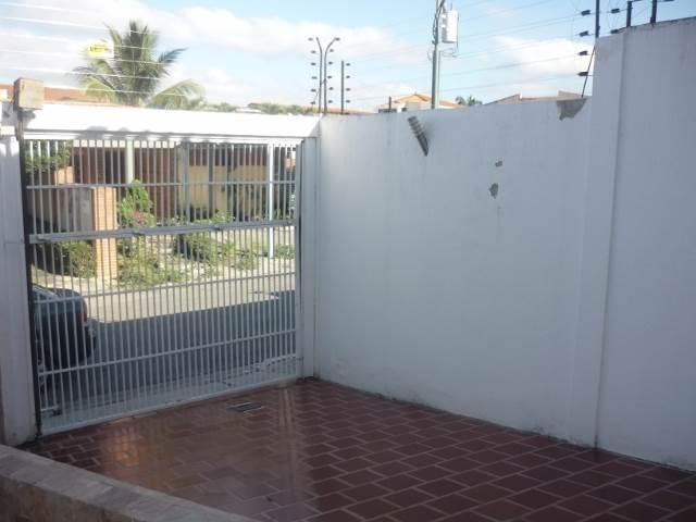 Casa Lara>Barquisimeto>Parroquia Catedral - Venta:401.201.000 Precio Referencial - codigo: 18-15108