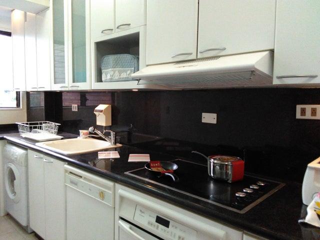 Apartamento Distrito Metropolitano>Caracas>Sebucan - Alquiler:270.000 Precio Referencial - codigo: 18-15118