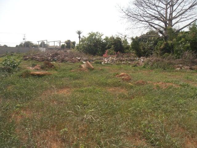 Terreno Zulia>Ciudad Ojeda>La N - Venta:4.867.000 Precio Referencial - codigo: 18-15138