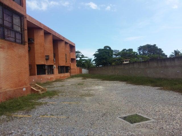 Apartamento Miranda>Higuerote>Agua Sal - Venta:6.000 Precio Referencial - codigo: 18-15168