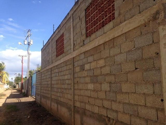 Local Comercial Sucre>Cumana>San Miguel - Venta:85.000 US Dollar - codigo: 18-15241