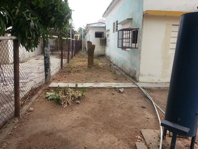 Terreno Zulia>Cabimas>Ambrosio - Venta:11.000 Precio Referencial - codigo: 18-15210