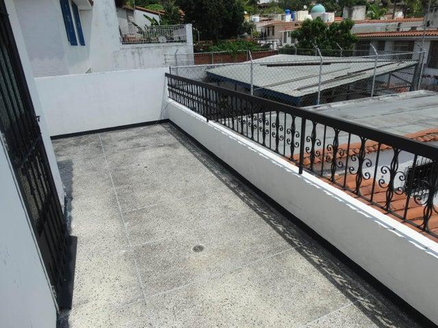 Casa Distrito Metropolitano>Caracas>Macaracuay - Venta:580.574.000 Precio Referencial - codigo: 18-15236