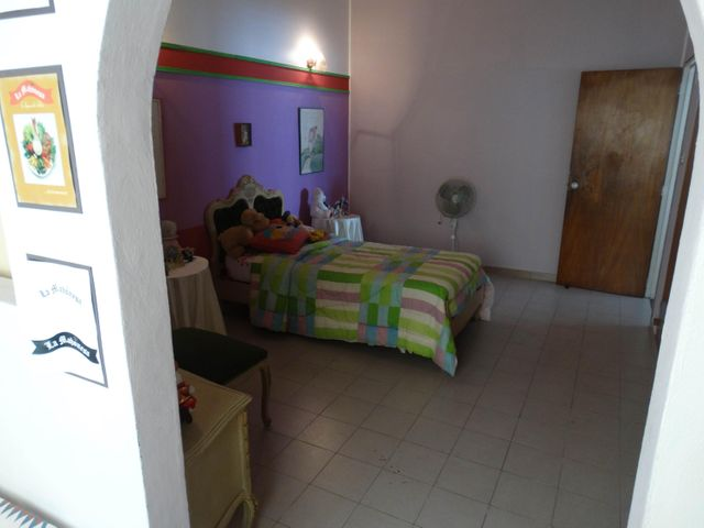 Casa Distrito Metropolitano>Caracas>Macaracuay - Venta:200.000 Precio Referencial - codigo: 18-15236