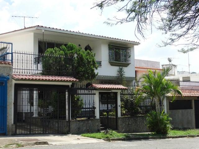 Casa Distrito Metropolitano>Caracas>Macaracuay - Venta:54.082.000 Precio Referencial - codigo: 18-15236