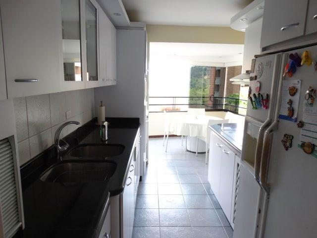 Apartamento Distrito Metropolitano>Caracas>La Bonita - Venta:120.000 US Dollar - codigo: 18-15238