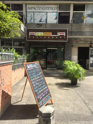Local Comercial Distrito Metropolitano>Caracas>Bello Monte - Venta:80.000 US Dollar - codigo: 18-15242