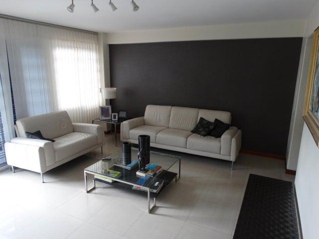 Apartamento Distrito Metropolitano>Caracas>Sebucan - Venta:225.000 US Dollar - codigo: 18-15240