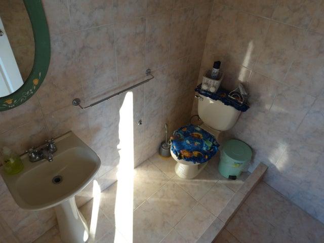 Casa Miranda>San Antonio de los Altos>Parque el Retiro - Venta:275.000 US Dollar - codigo: 18-15251