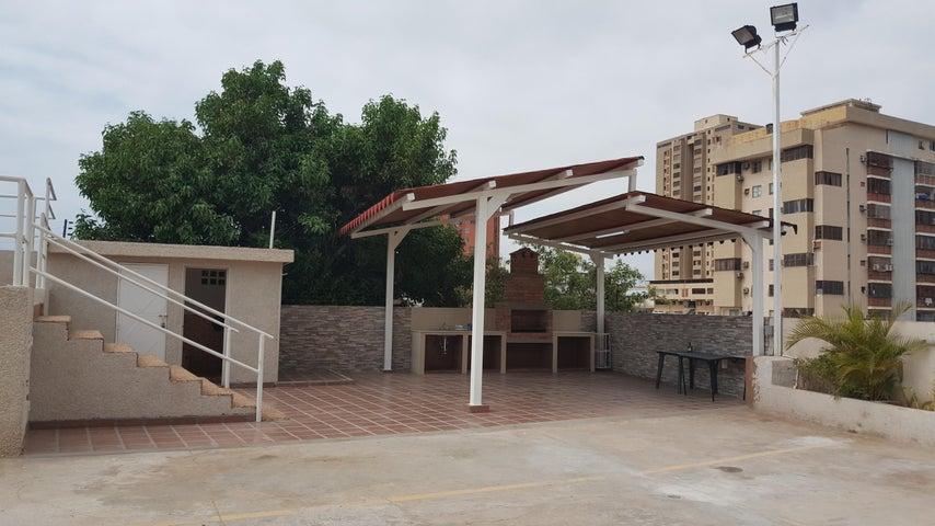 Apartamento Zulia>Maracaibo>Valle Frio - Venta:16.500 Precio Referencial - codigo: 18-8721