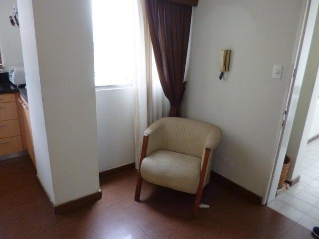 Apartamento Distrito Metropolitano>Caracas>Terrazas del Avila - Venta:80.000 Precio Referencial - codigo: 18-15605