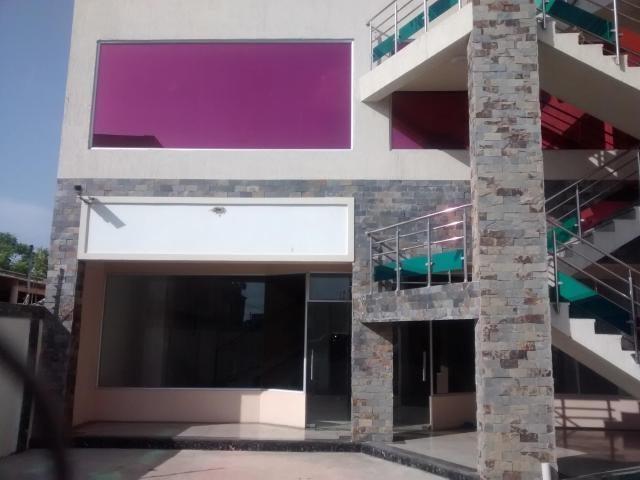 Local Comercial Zulia>Ciudad Ojeda>Cristobal Colon - Alquiler:80 Precio Referencial - codigo: 18-15552
