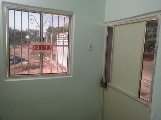 Terreno Zulia>Ciudad Ojeda>Tamare - Venta:800 Precio Referencial - codigo: 18-15657