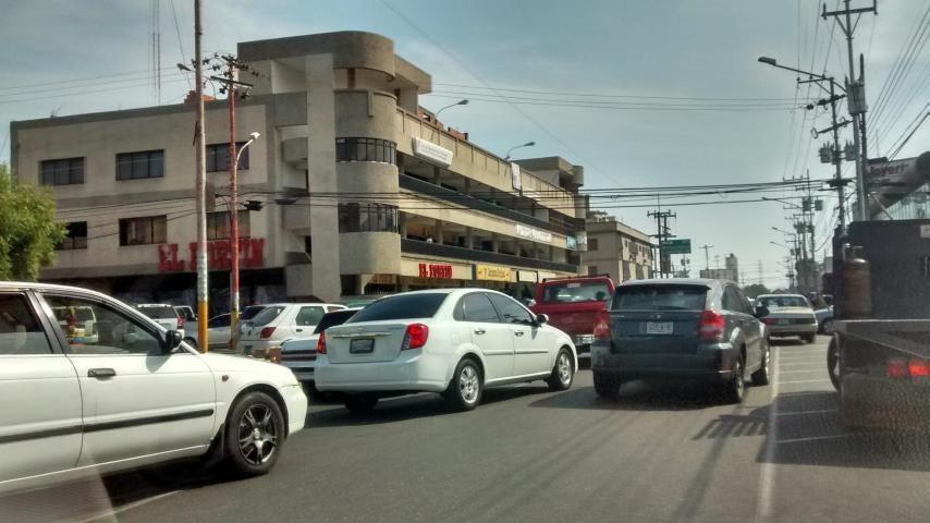 Terreno Zulia>Ciudad Ojeda>Avenida Vargas - Venta:100.000 Precio Referencial - codigo: 18-15663