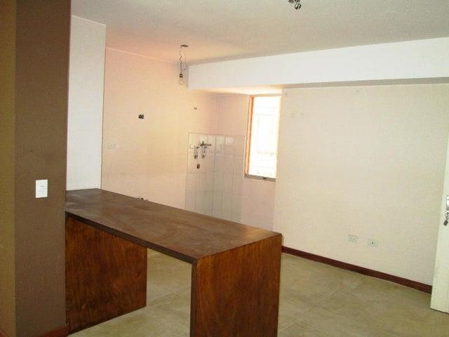 Apartamento Distrito Metropolitano>Caracas>Miravila - Venta:15.000 Precio Referencial - codigo: 19-11890