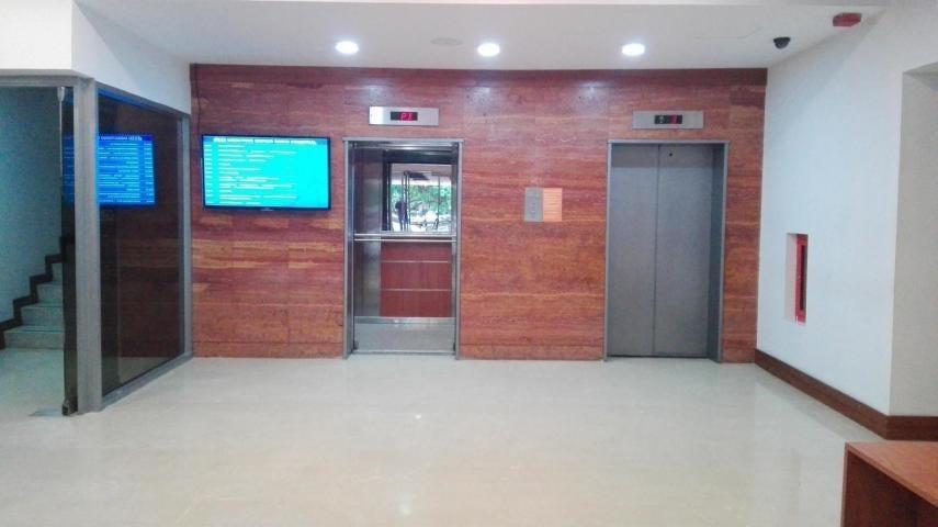 Oficina Zulia>Maracaibo>5 de Julio - Alquiler:500 US Dollar - codigo: 18-16023