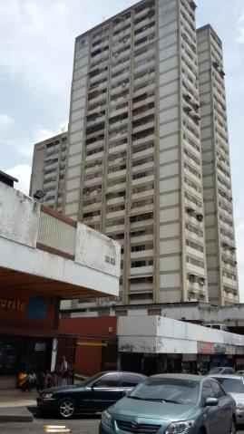 Local Comercial Distrito Metropolitano>Caracas>Los Ruices - Venta:5.000 Precio Referencial - codigo: 18-16424