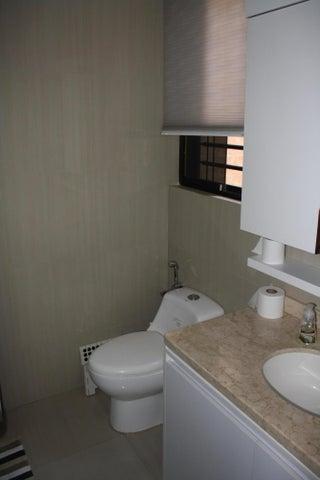 Apartamento Distrito Metropolitano>Caracas>Guaicay - Venta:310.000 Precio Referencial - codigo: 18-16571