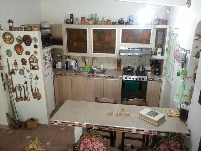 Casa Miranda>San Diego de los Altos>Parcelamiento El Prado - Venta:50.000 Precio Referencial - codigo: 18-16604
