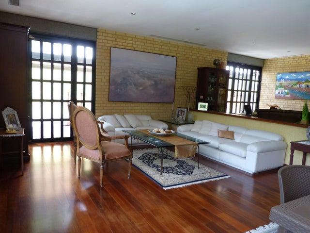 Casa Distrito Metropolitano>Caracas>Oripoto - Venta:700.000 Precio Referencial - codigo: 18-16662