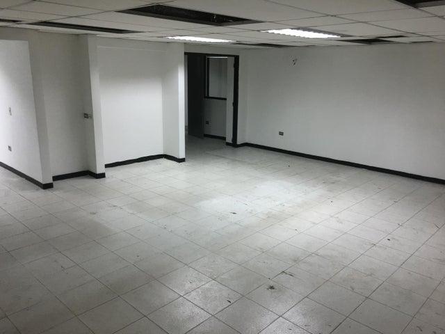 Local Comercial Distrito Metropolitano>Caracas>Plaza Venezuela - Venta:22.012.000 Precio Referencial - codigo: 18-16669