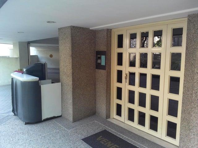 Apartamento Distrito Metropolitano>Caracas>El Bosque - Venta:22.012.000 Precio Referencial - codigo: 18-16674