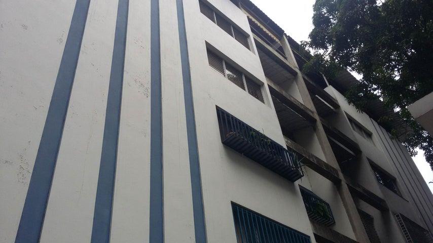 Apartamento Distrito Metropolitano>Caracas>Sebucan - Venta:100.000 Precio Referencial - codigo: 18-16672