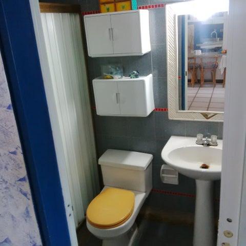 Apartamento Miranda>Rio Chico>Los Canales de Rio Chico - Venta:89.002.476.000 Precio Referencial - codigo: 18-16681