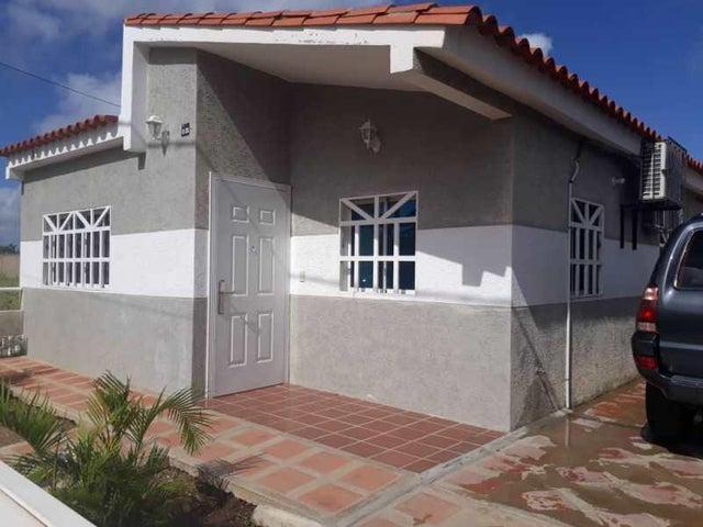 Casa Nueva Esparta>Margarita>Avenida Juan Bautista Arismendi - Venta:16.000 Precio Referencial - codigo: 18-16700