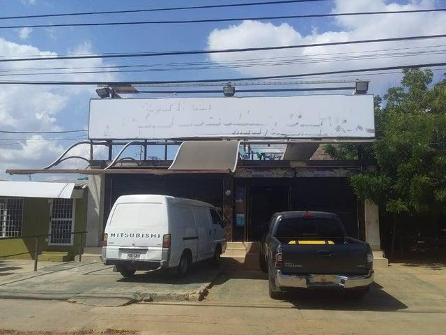 Local Comercial Zulia>Municipio San Francisco>Kilometro 4 - Venta:15.000 US Dollar - codigo: 18-16735