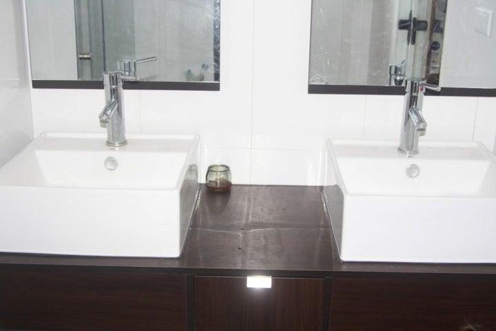 Apartamento Distrito Metropolitano>Caracas>Manzanares - Venta:105.000 Precio Referencial - codigo: 19-17