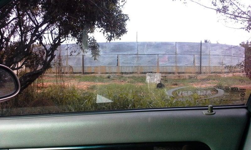 Terreno Zulia>Municipio San Francisco>San Francisco - Venta:20.000 Precio Referencial - codigo: 18-16748
