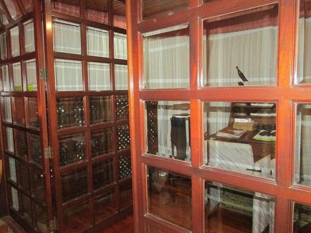 Apartamento Distrito Metropolitano>Caracas>Santa Rosa de Lima - Alquiler:1.100 Precio Referencial - codigo: 18-16876