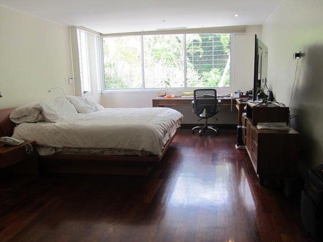 Casa Distrito Metropolitano>Caracas>El Marques - Venta:350.000 Precio Referencial - codigo: 19-1213