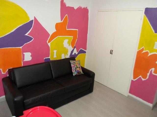 Apartamento Distrito Metropolitano>Caracas>Guaicay - Venta:240.000 Precio Referencial - codigo: 18-17038