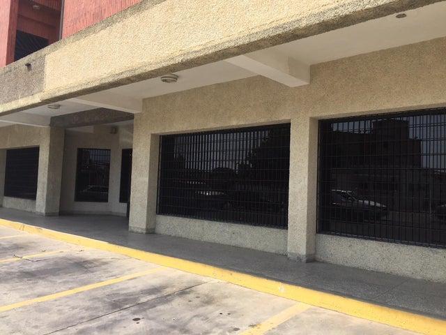 Local Comercial Zulia>Ciudad Ojeda>La N - Alquiler:500 Precio Referencial - codigo: 18-17057