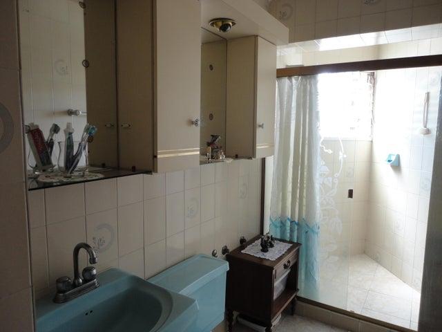 Apartamento Distrito Metropolitano>Caracas>Montalban III - Venta:60.000 Precio Referencial - codigo: 18-17177