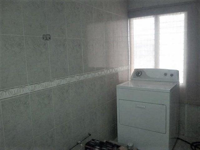 Apartamento Anzoategui>Barcelona>El Moriche - Venta:8.500 Precio Referencial - codigo: 19-54