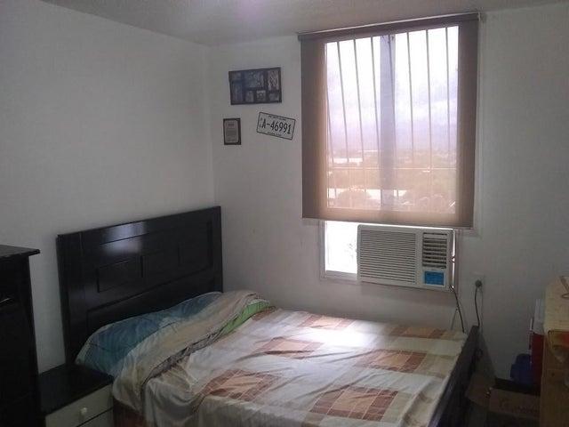 Apartamento Lara>Barquisimeto>Parroquia Concepcion - Venta:15.500 Precio Referencial - codigo: 19-55