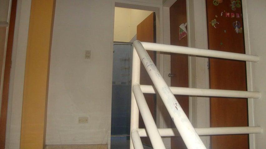 Casa Lara>Cabudare>La Mora - Venta:20.000 Precio Referencial - codigo: 19-102
