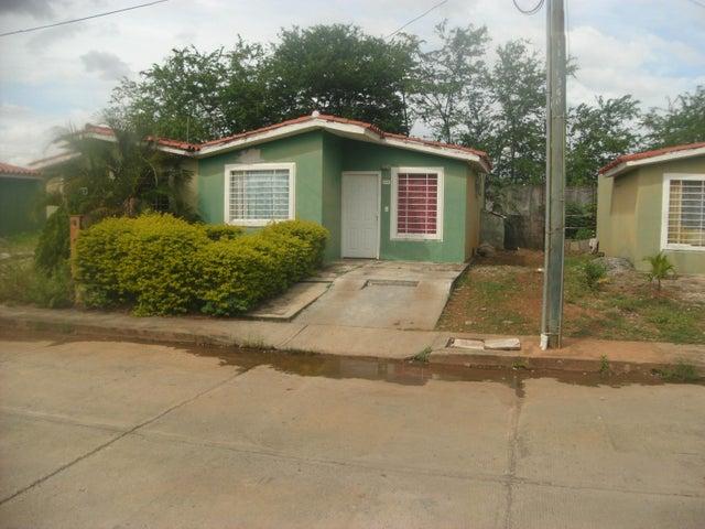 Casa Portuguesa>Acarigua>Bosques de Camorucos - Venta:7.500 Precio Referencial - codigo: 19-108